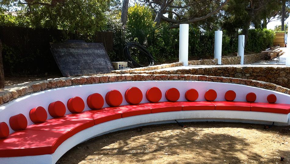 Canap jardin d 39 enfant pinterest - Coussin banquette exterieur ...